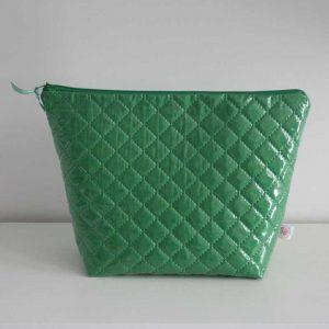 Kosmetyczka zielona pikowana
