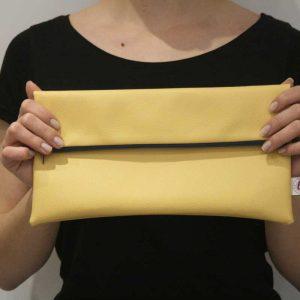Żółta kopertówka