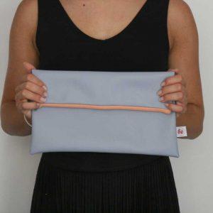 Szaro-błękitna kopertówka