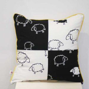 Poduszka z owcami