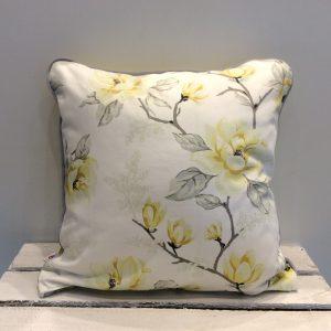 Poduszka żółte kwiaty