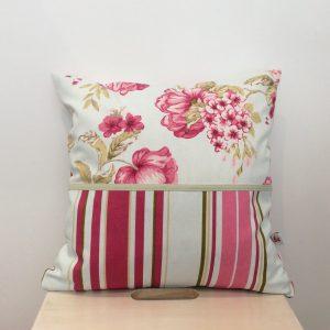 Poduszka kwiaty z paskami