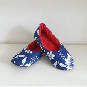 Kapcie niebieskie w kwiaty