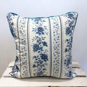 Poduszka niebieskie kwiatki