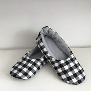 Men's checkered slippers
